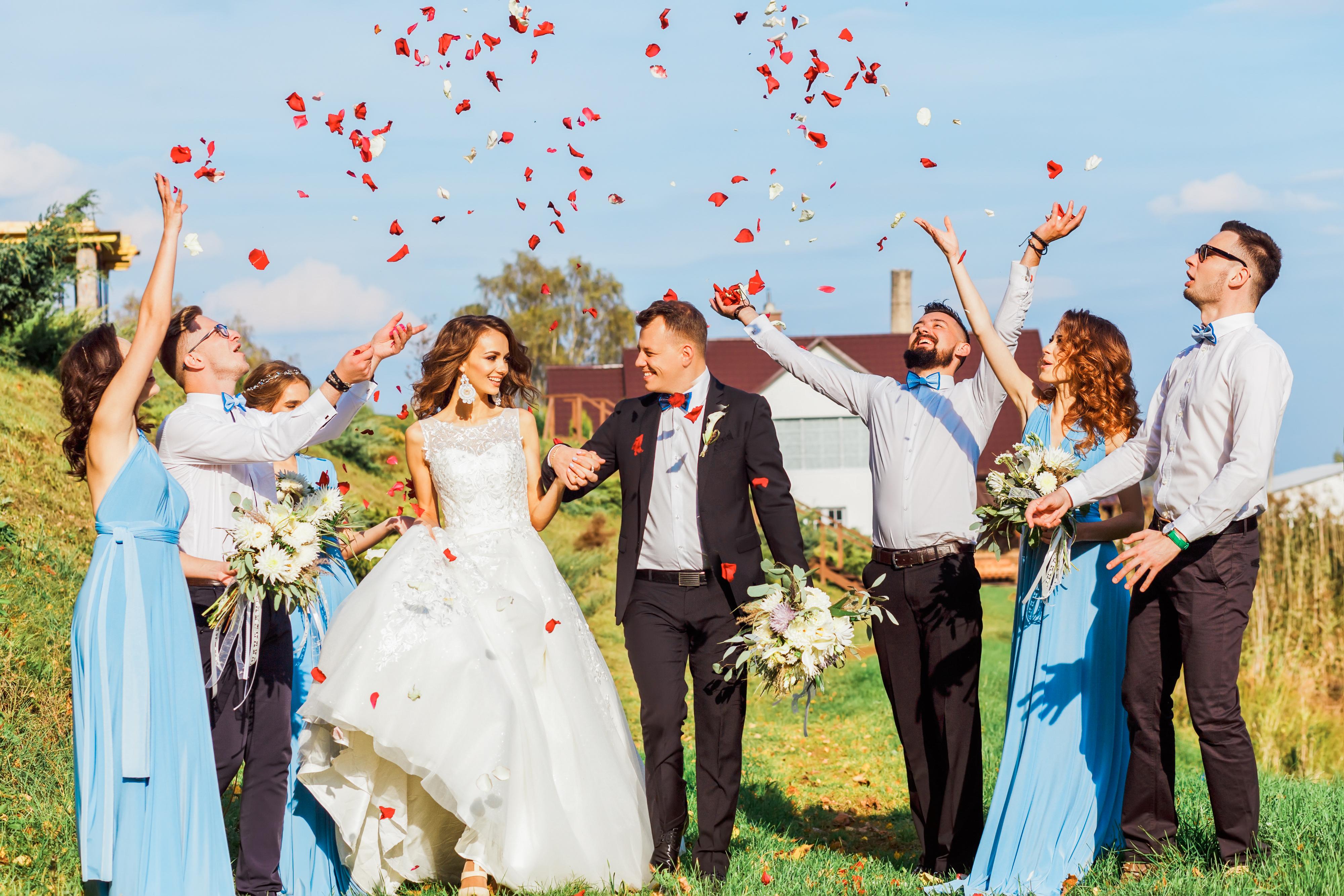 21 Creative Ideas To Make An Unforgettable Wedding Exit